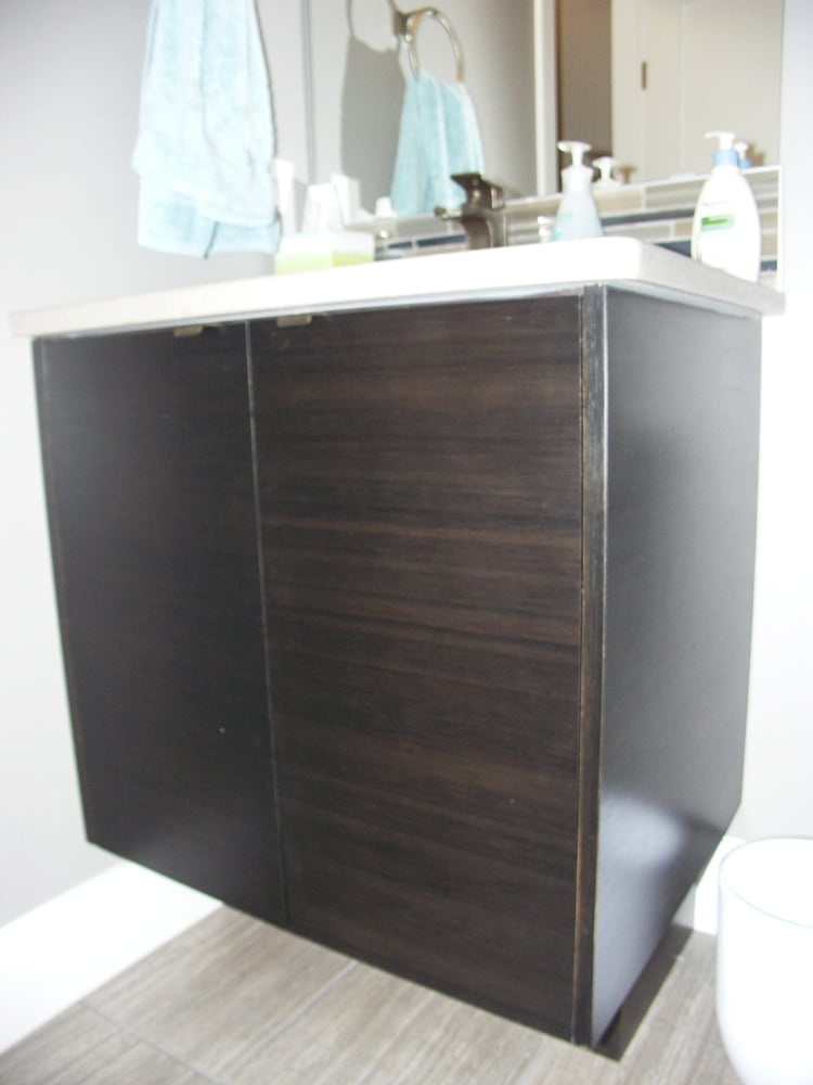 Bonnie Doon Bathroom 01